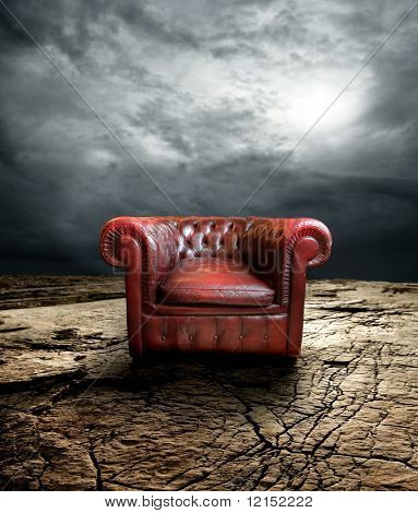Sessel auf trockenem Boden