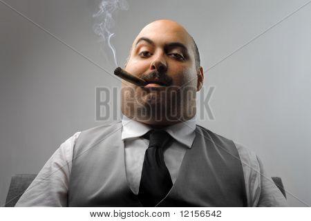 Porträt Mann Rauchen Zigarre