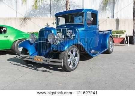 Vintage Ford Pick Up