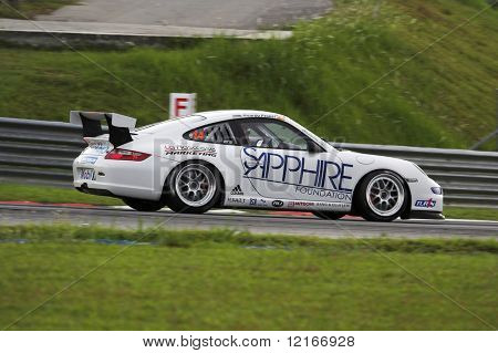 porsche racing machine