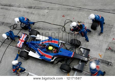 Sepang, MALAYSIA - 21 November: Pit Crew von Team Great Britain in Aktion bei der Welt-A1-GP-Champion