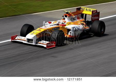 SEPANG, MALAYSIA - APRIL 3: ING Renault's Nelson Piquet practices at the 2009 F1 Petronas Malaysian Grand Prix April 3, 2009 in Sepang Malaysia.