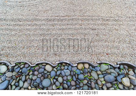 Sand Garden With Pebble Stones Border