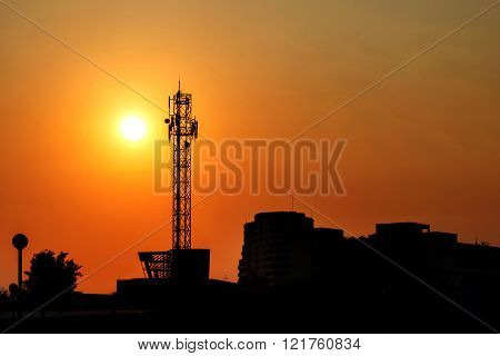 Large Antenna With The Sunset