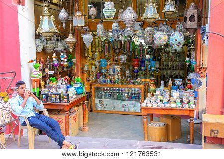 JAIPUR, INDIA - NOVEMBER 15: Display of traditional lamps at Johari Bazaar on November 15, 2014 in Jaipur, India. Jaipur is the capital and the largest city of Rajasthan.