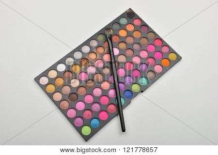 Picture Of Used Professional Makeup Colorful Eyeshadow Palettes With Brush On It.care And Beauty. Se