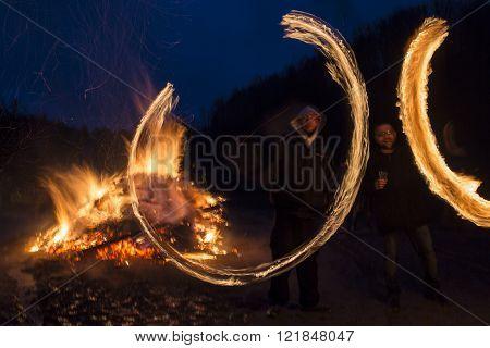 Sirni Zagovezni Fire Rings