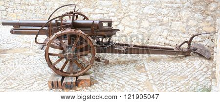 rare view of a field cannon still working ** Note: Soft Focus at 100%, best at smaller sizes