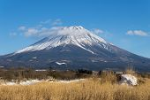 Постер, плакат: Mount Fuji in winter