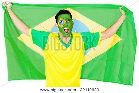 Brasilianischen Mann feiert mit dem Flag - auf einem weißen Hintergrund isoliert