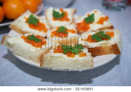 Sandwiches with red roe