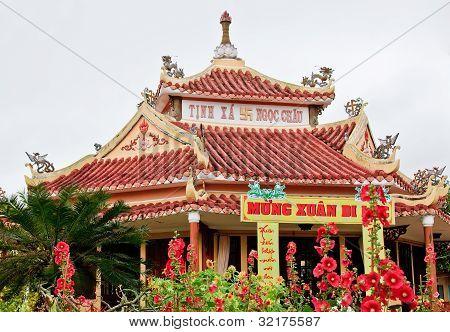 Hoian Temple