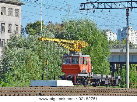Tren automotor grúa