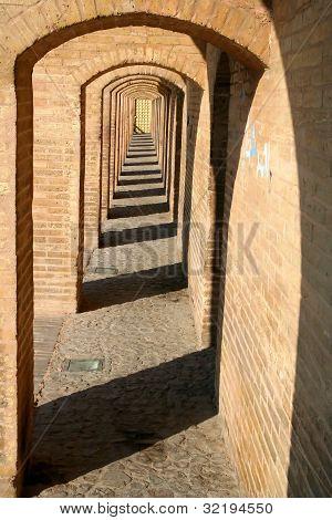 Si-o Se Pol Bridge, in Esfahan