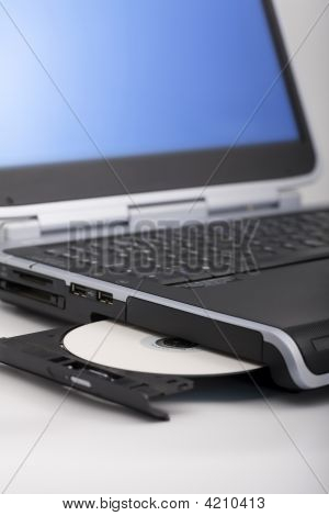 Laptop Cd Ejecting