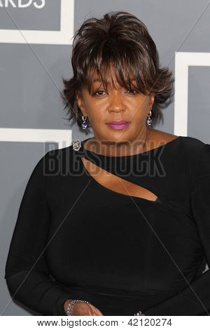 LOS ANGELES - FEB 10:  Anita Baker arrives at the 55th Annual Grammy Awards at the Staples Center on February 10, 2013 in Los Angeles, CA