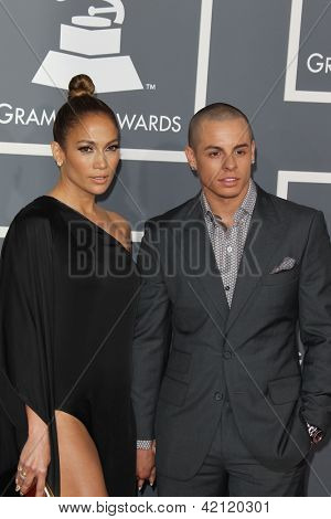 LOS ANGELES - FEB 10:  Jennifer Lopez, Casper Smart arrive at the 55th Annual Grammy Awards at the Staples Center on February 10, 2013 in Los Angeles, CA