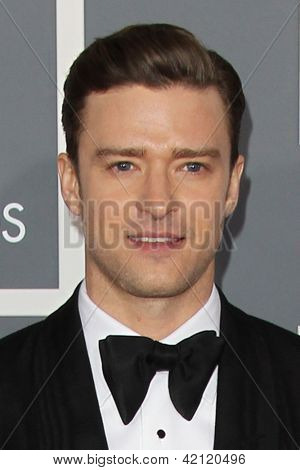 LOS ANGELES - 10 de fev: Justin Timberlake chega no 55o Anual Grammy Awards no Staples Cen