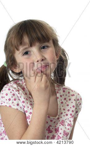 Menina colocar brilho labial