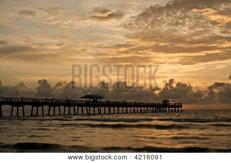 Fishing Pier @ Morning