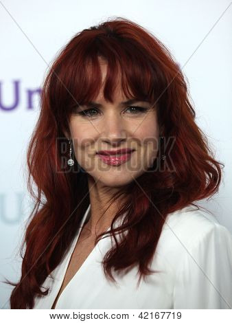 LOS ANGELES - JAN 06:  JULIETTE LEWIS arriving to TCA Winter Press Tour 2012: NBC Party  on January 06, 2012 in Pasadena, CA