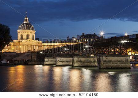 Pont Des Arts And And Institut De France, Paris, Ile De France, France