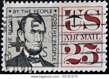 United States Of America - Circa 1966: A Stamp Printed By Usa Shows President Abraham Lincoln
