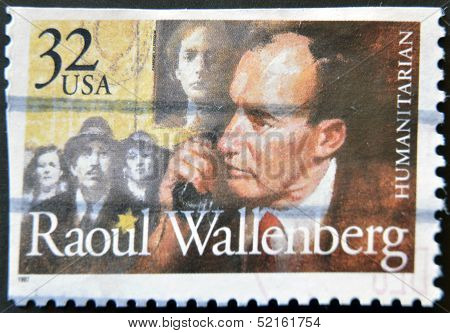 Usa - Circa 1997 : Stamp Printed In Usa Show Swedish Humanitarian Raoul Wallenberg, Circa 1997
