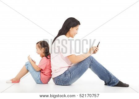 Communication Between Mother And Kid By Social Media