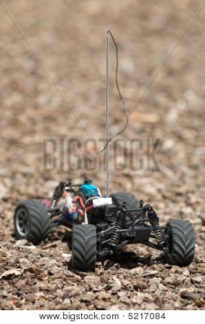 Vertical of remote control electric truck with out a body