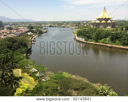 Astana, Sungai Santubong, Kuching