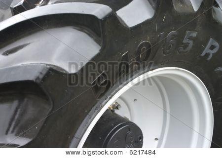 Fondo de la pisada del neumático de tractor