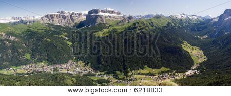 Val Di Fassa Panorama