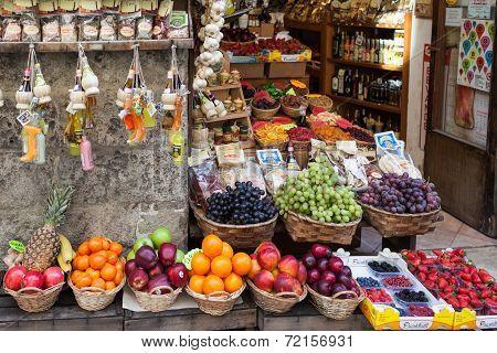 Fruit Shop In Siena