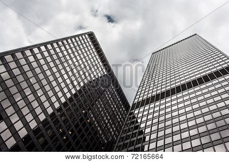 Office Highrise Buildings In The Chicago Financial District