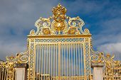 pic of versaille  - Main Gate in the Palace of Versailles France