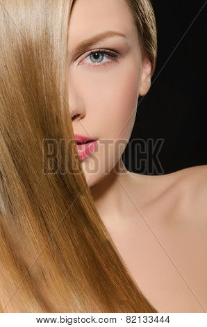 Beautiful Blonde With Straight Hair