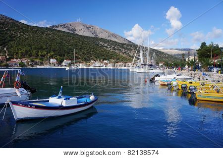 Port in Agia Efimia