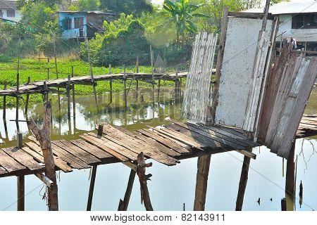 Double bridge Old wooden door by skilled people.