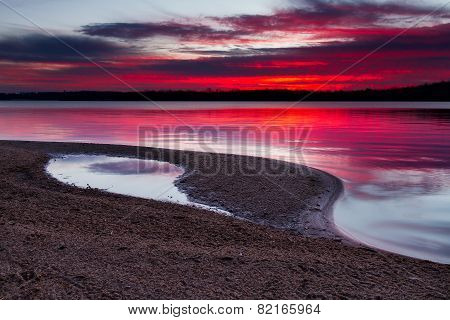 Sunrise On A Sandy Shoreline Of Longview Lake In Kansas City