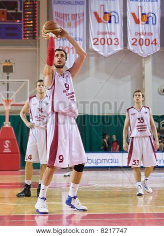 Denis Khloponin