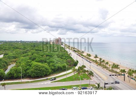 Aerial view of Fort Lauderdale beach and Florida State Park