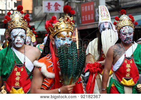 Holy generals parade on Matsu Temple Fair