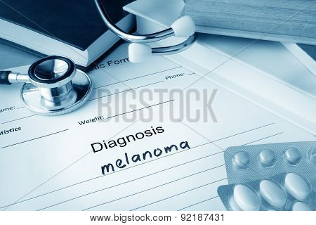 Diagnostic form with diagnosis melanoma