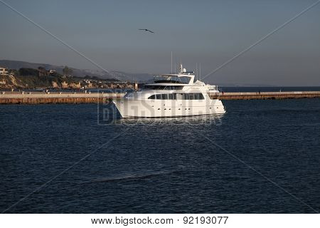 Yacht Newport Beach