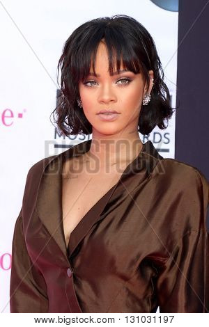 LAS VEGAS - MAY 22:  Rihanna at the Billboard Music Awards 2016 at the T-Mobile Arena on May 22, 2016 in Las Vegas, NV