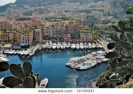Yachts And Apartments In Port Fontvieille In Monte Carlo