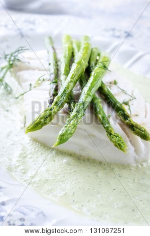 Codfish with Green Asparagus