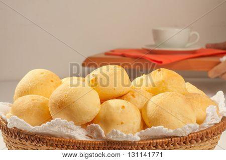 Brazilian Cheese Bread. Pao de queijo de Minas Gerais