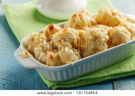 Baked cauliflower with cheese cauliflower gratin white